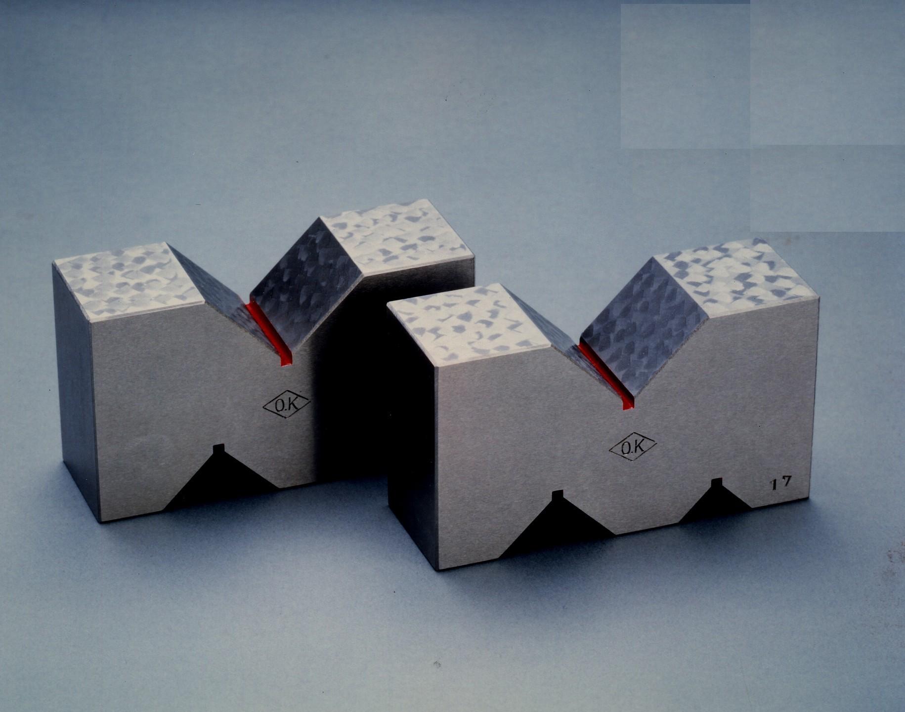 Cast Iron A-Type V Block