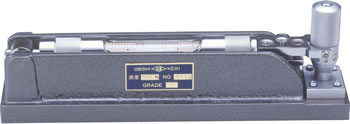Precision Level with Micrometer